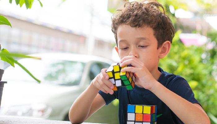Develops Thinking Skills